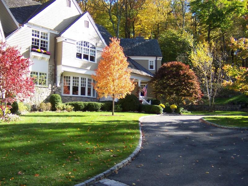 Front Yard Fall Landscape Dewane Landscape and Design